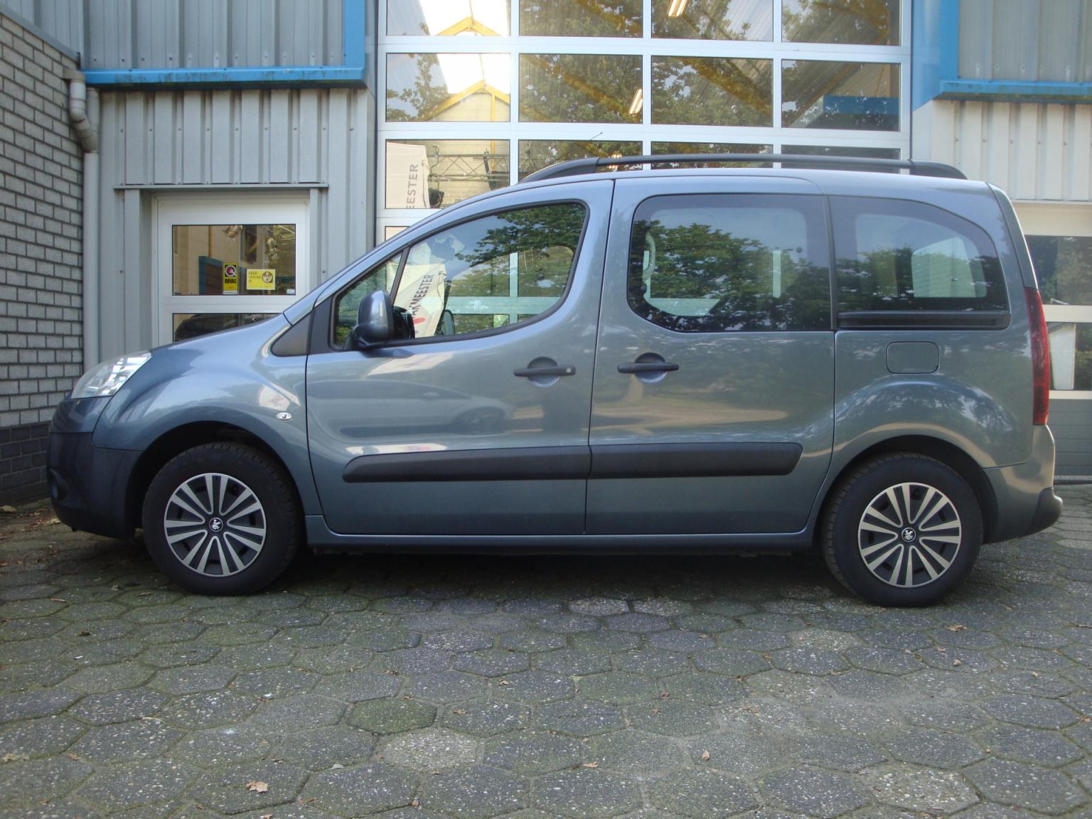 Peugeot-Partner-1