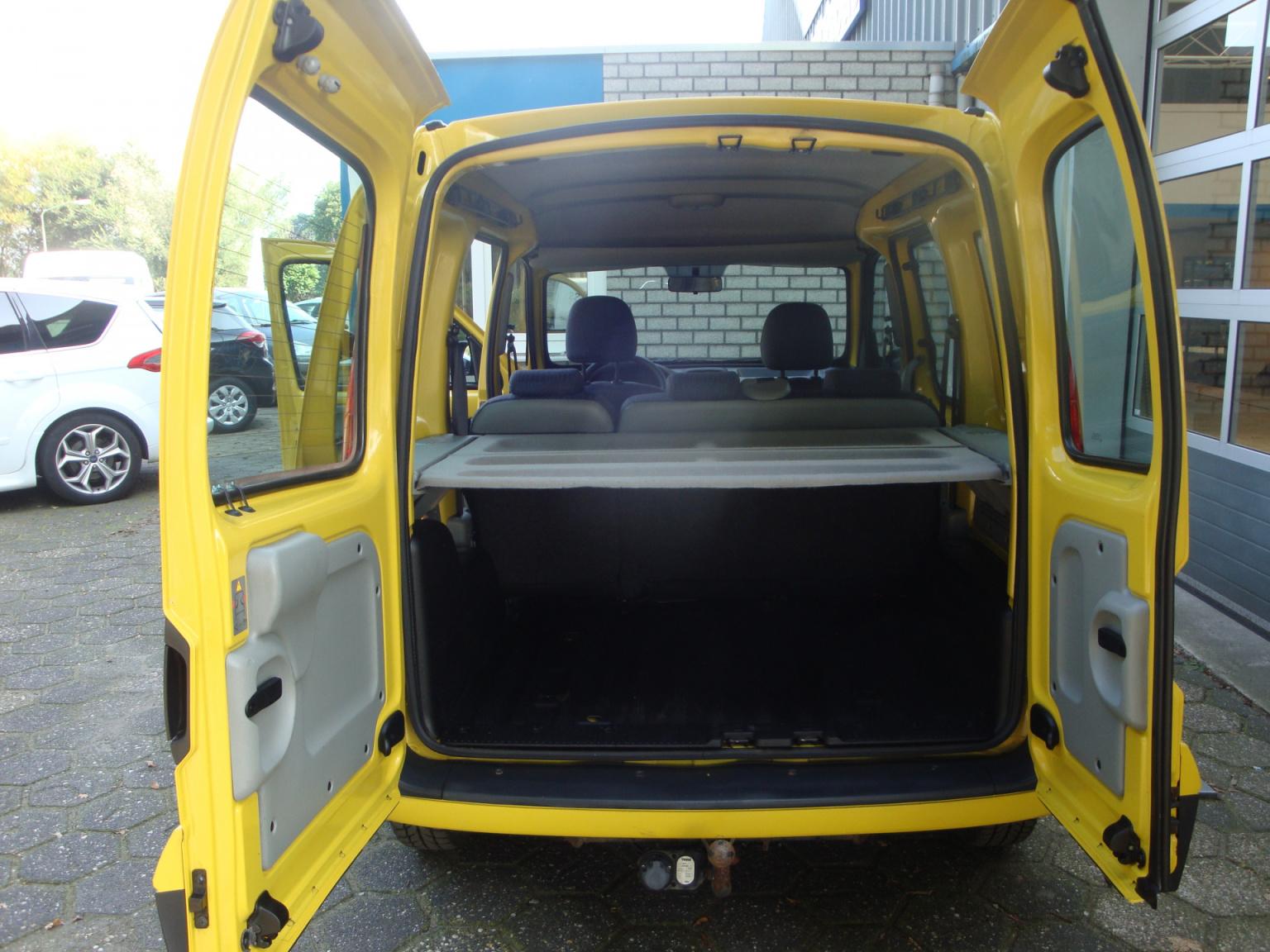 Renault-Kangoo-5