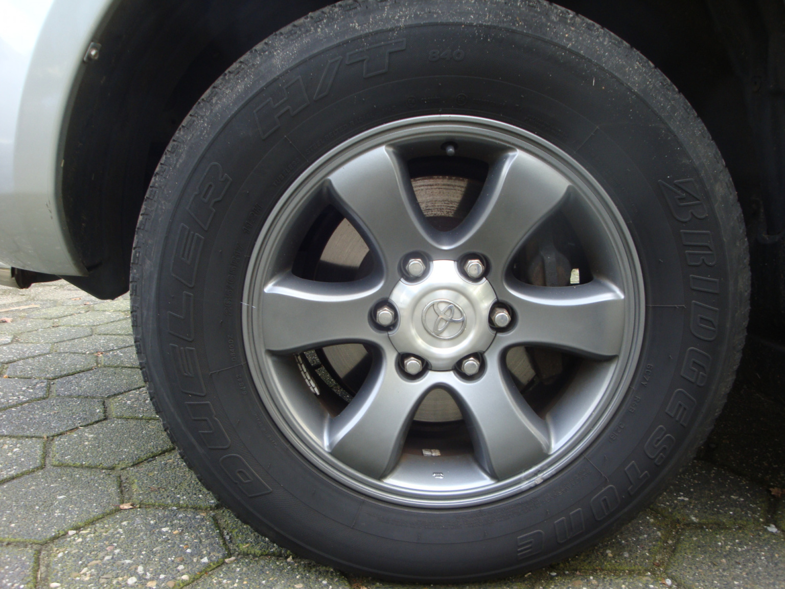 Toyota-Land Cruiser-19