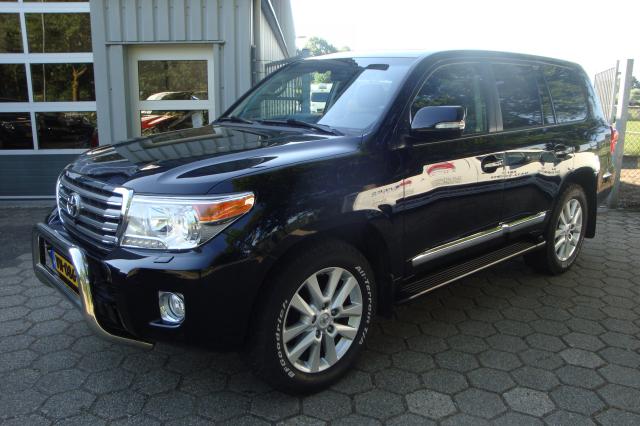 Toyota-Land Cruiser