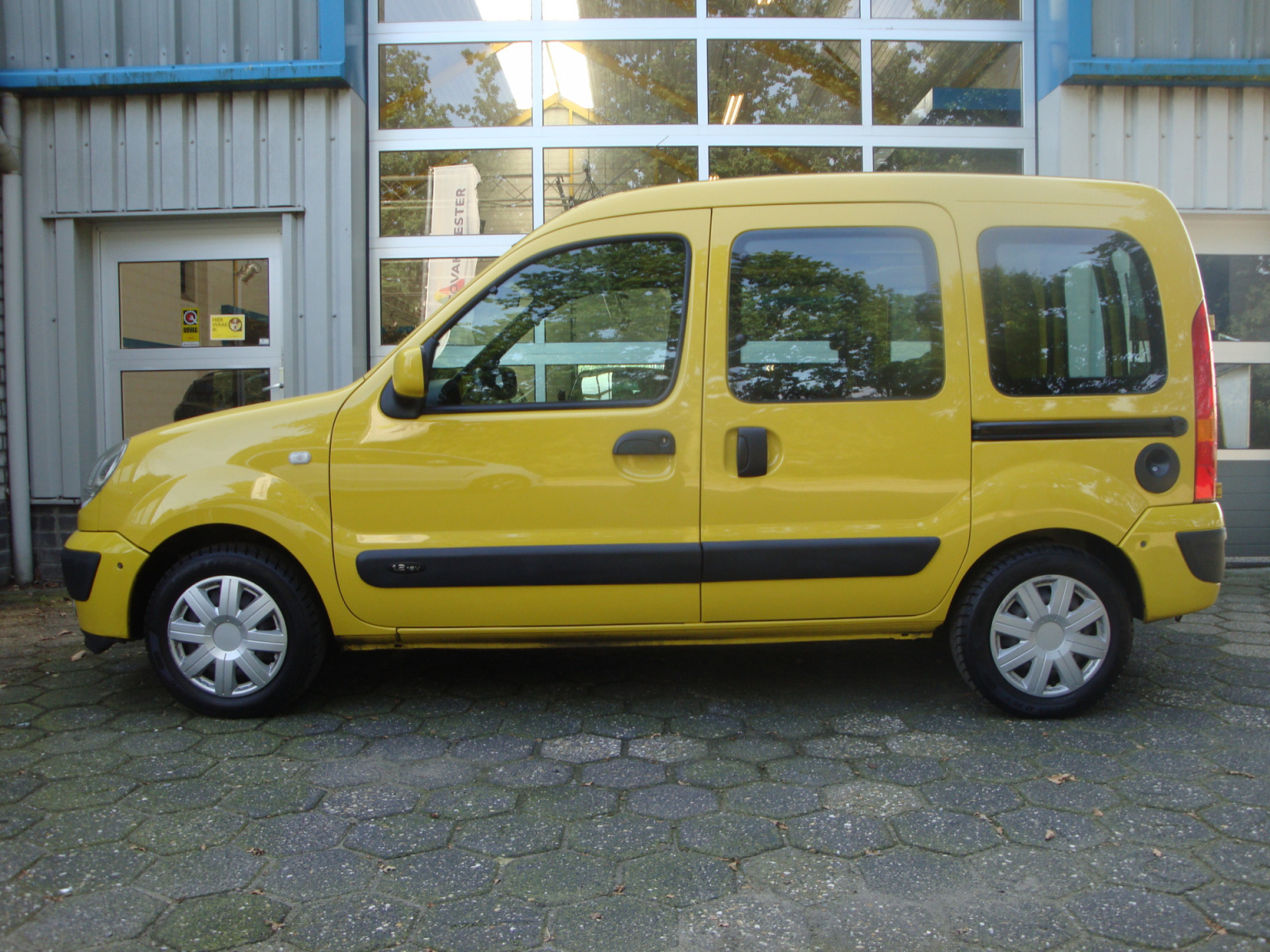 Renault-Kangoo-1